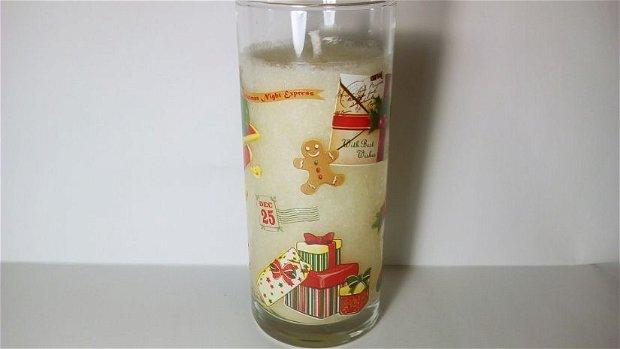 Lumanare Santa Claus la pahar inalt