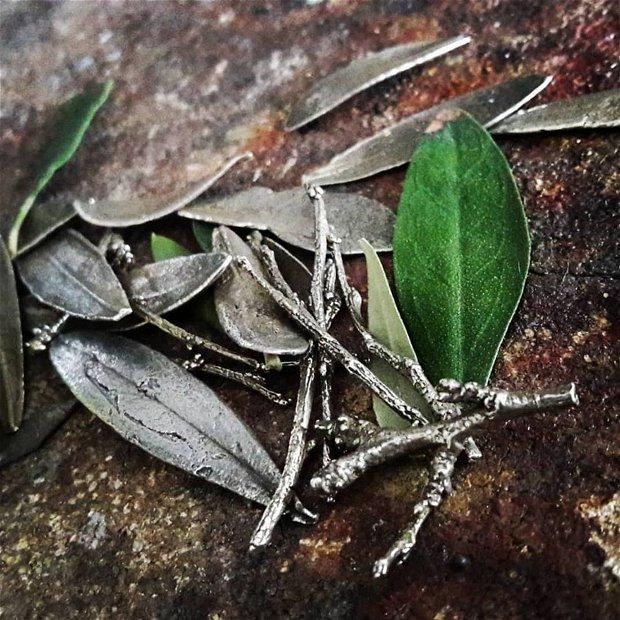 Colier supradimensionat din argint 925 si onix, crenguta de maslin