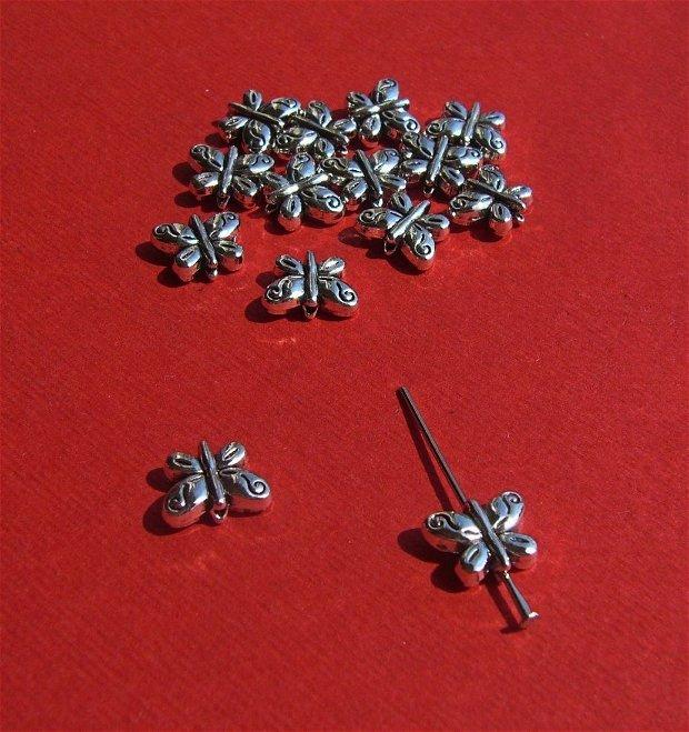 Fluturas argintiu aprox 4x8x10.5 mm