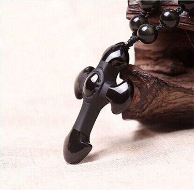 K0644 - Pandantiv / amuleta / talisman, obsidian negru, cruce, 49x33x11mm
