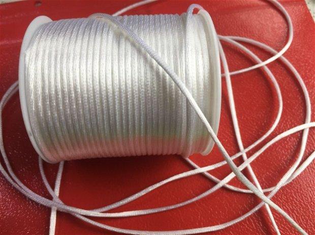 1m Șnur alb (2 mm) satin