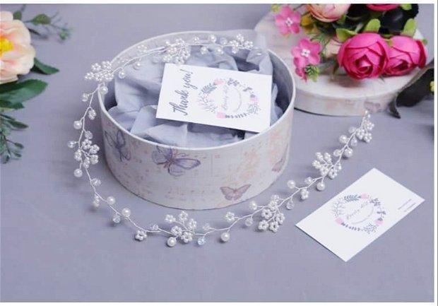 Coronita flexibilă cu perle și cristale