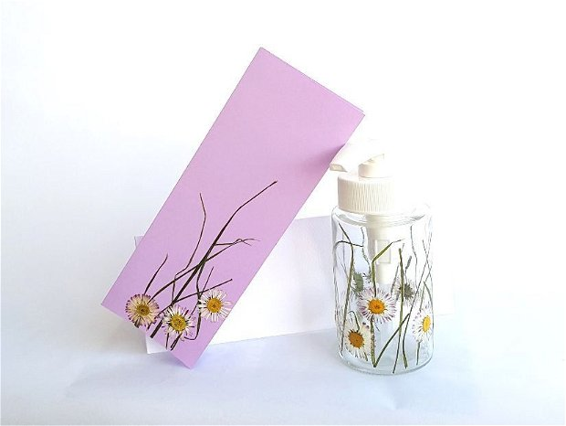 Dozator pentru sapun lichid decorat cu flori presate - 2