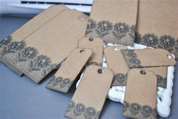 11 buc taguri  din carton