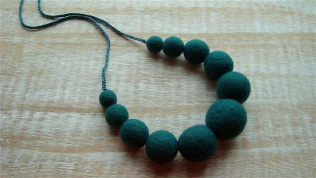 Colier Forest Green