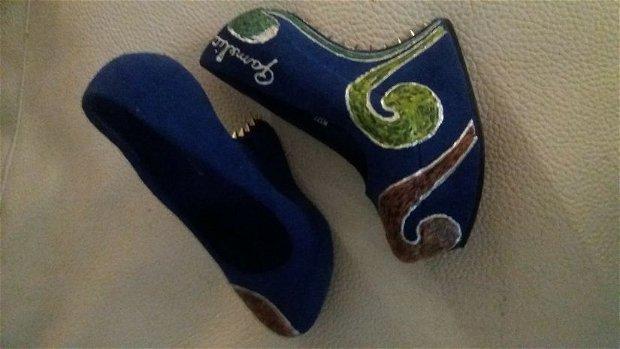 pantofi dama pictati
