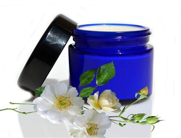 Iluminante-crema iluminanta,depigmentanta,uniformizanta-BlueScent