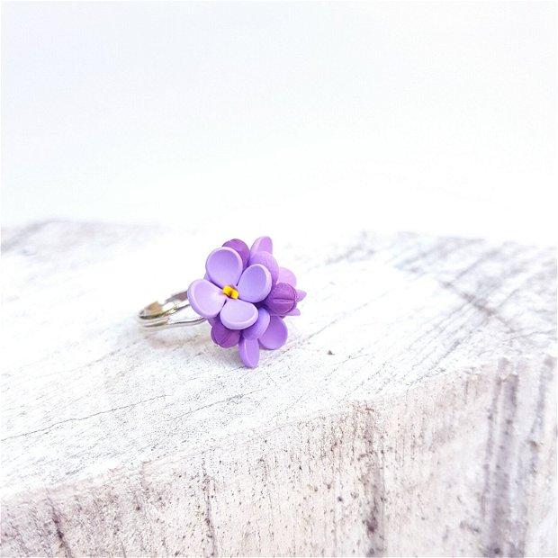 Inel liliac violet