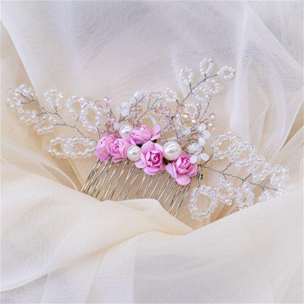 Pieptene par mireasa cu perlute si flori roz