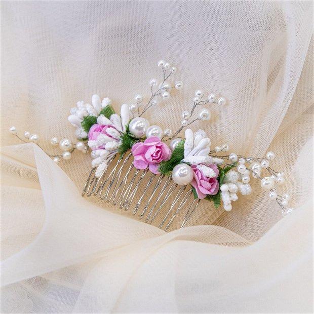 Pieptene par mireasa cu perle, stamine albe si flori roz