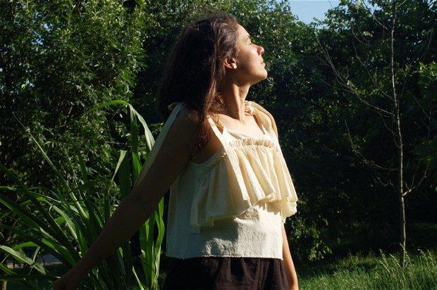 Top Lilly - Karavanas Lupine collection   Top cu volane / Bluza cu umerii goi / Bluza cu volane / Tunica cu umeri goi / Bumbac natural / Bretele funda