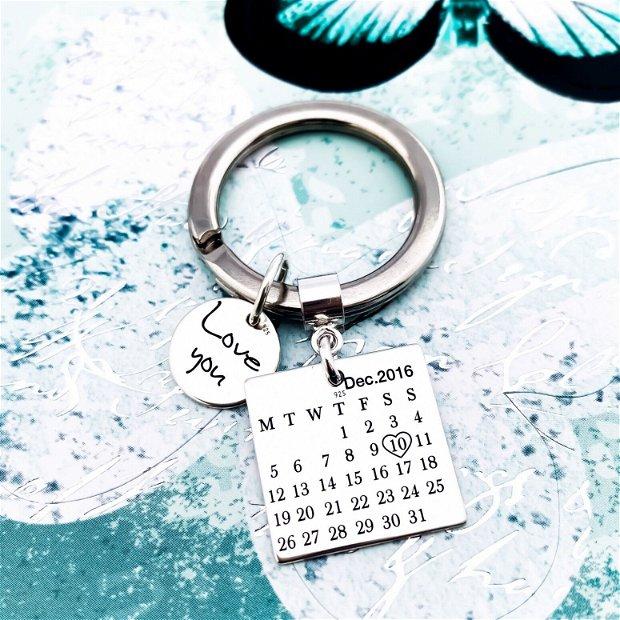 Breloc gravat Calendar - breloc argint cu mesaj