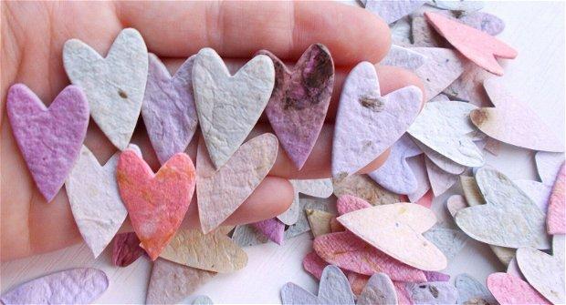 Set 25 buc inimioare  din hartie manuala insertii de petale si seminte de flori