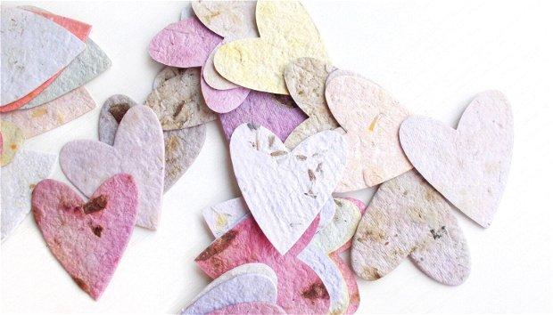 Set 10 buc inimioare  din hartie manuala cu petale si seminte de flori