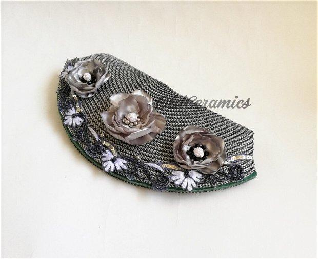Geanta / Plic cu flori gri