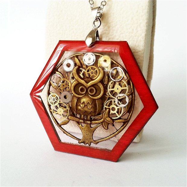 Pandantiv din lemn, colier cu medalion copac cu piese de ceas, tree of life, copacul vietii