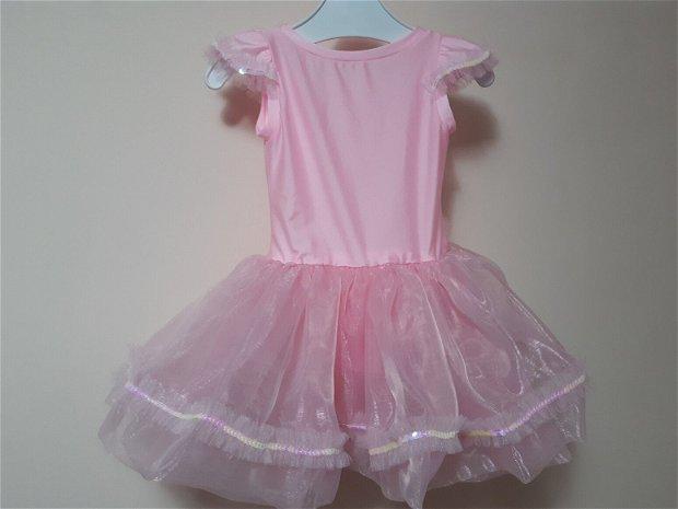 Rochita roz pentru balet