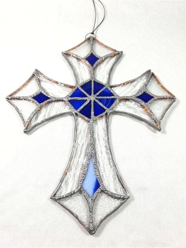 Cruce din sticlă - inaugurare casa