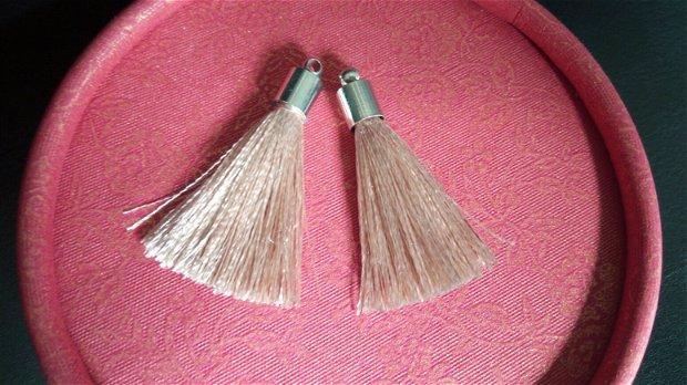 Ciucuri (3,5cm) mătase, cu capacele argintii