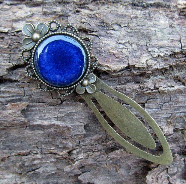 Semn de carte bronz cu ceramica albastra