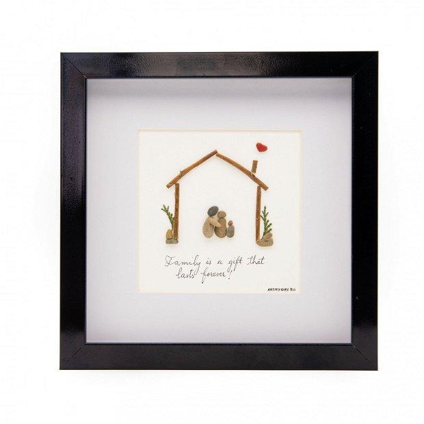Tablou FAMILY FIRST - Colectia Pebble Art