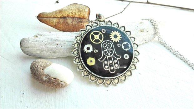 Steampunk pandantiv,Mana Hamsa colier,pandantiv cu piese de ceas