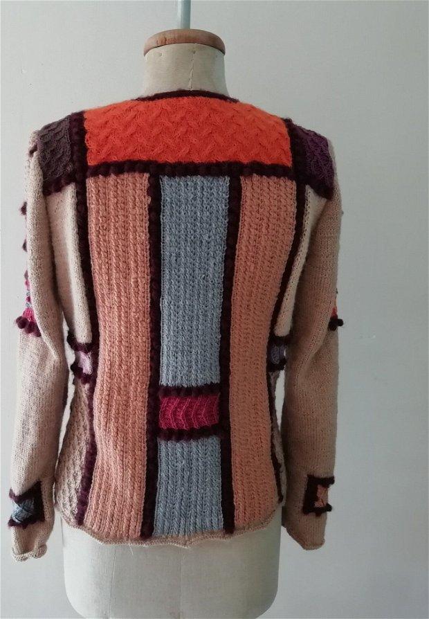 jacheta Multicolor crem