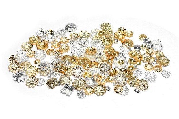Capacele metalice, filigranate, aurii si argintii