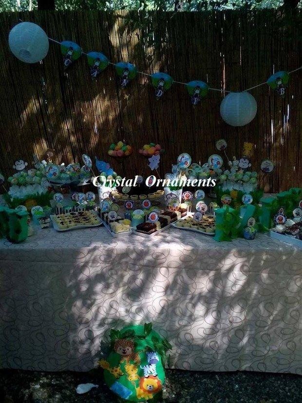 Cutie de dar botez jungla