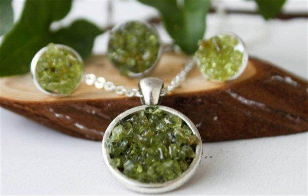 Set de Bijuterii cu Cristale Verzi Peridot Inel+Cercei+Pandantiv + Brățară