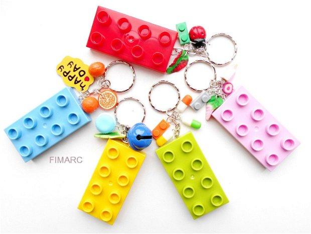 ''Lego'' - brelocuri