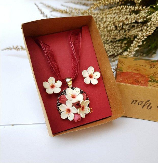 Set flori de cires