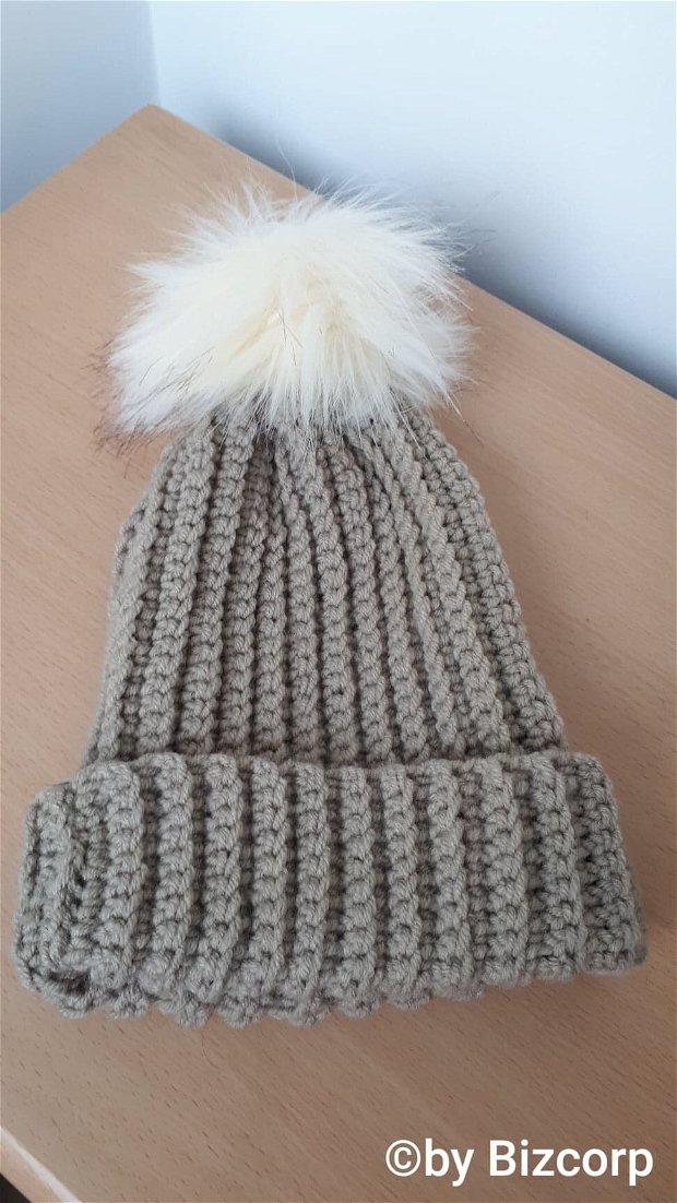 Caciula tricotata dama