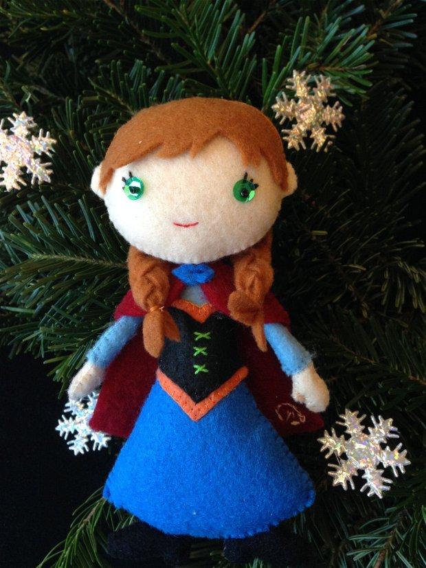 Printesa Anna din Frozen, papusa handmade din fetru