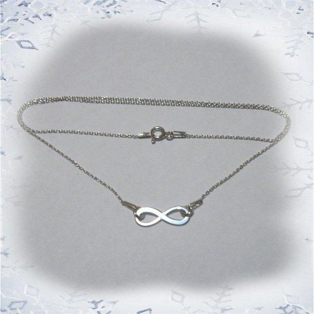 Colier argint cu link infinit