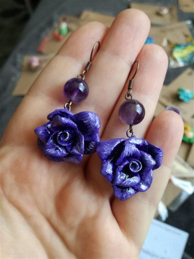 Trandafiri - cercei facuti manual