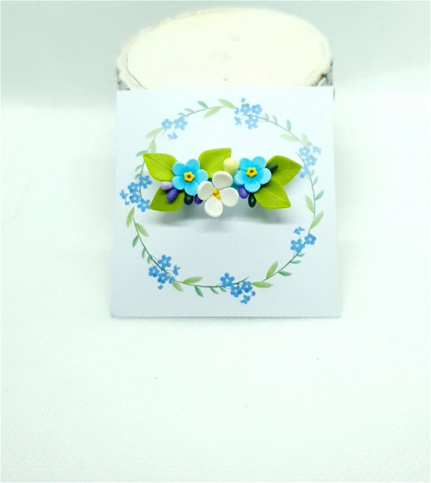 Brosa-martisor infuzie flori