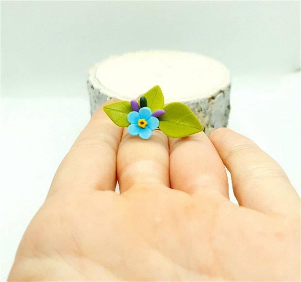 Brosa-martisor floare de nu-ma-uita
