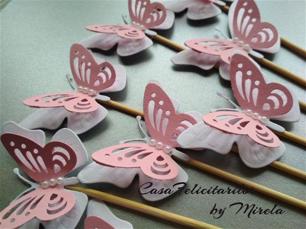 Fluturi decorativi roz