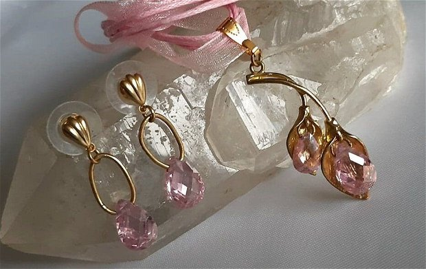 Lucite roz