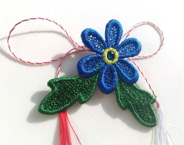 Martisor brosa floare