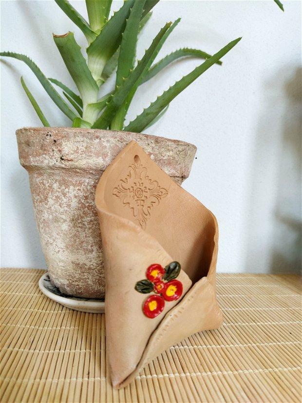 Decoratiune din ceramica