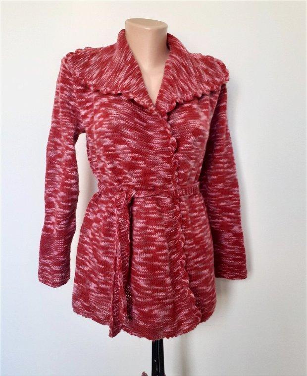 Cardigan de primăvară tricotat manual XS/S