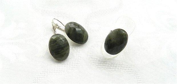 Set cercei şi inel cu caboşoane ovale faţetate din green fossil jasper