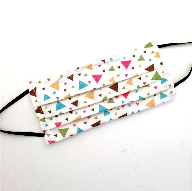 Masca de protectie cu triunghiuri colorate si cu filtru din polipropilena