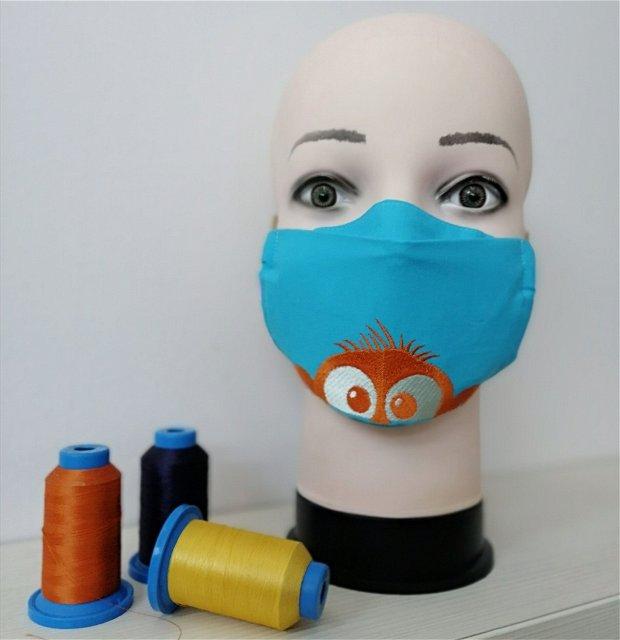 Mască pentru copii, brodată