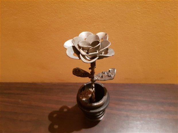 Sculpturi metalice - Trandafir