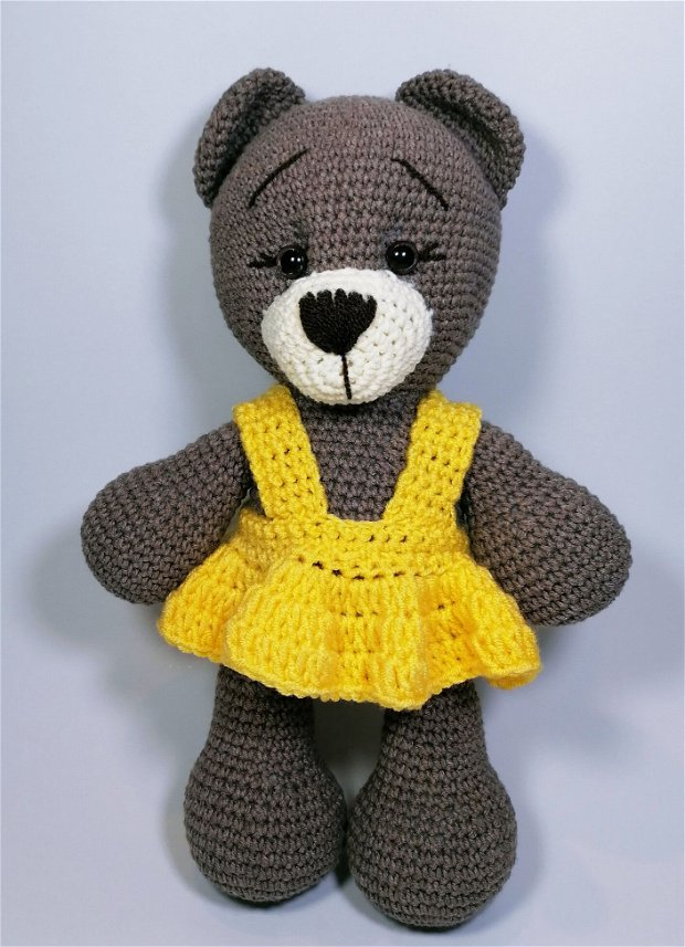 Jucarie crosetata manual, Ursulet cu rochita galbena, 30 cm