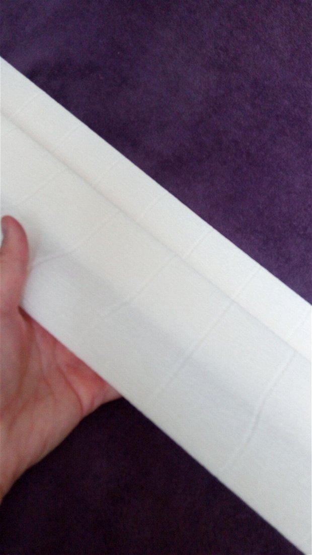 Hârtie floristica (50cmx2,5m) ivory
