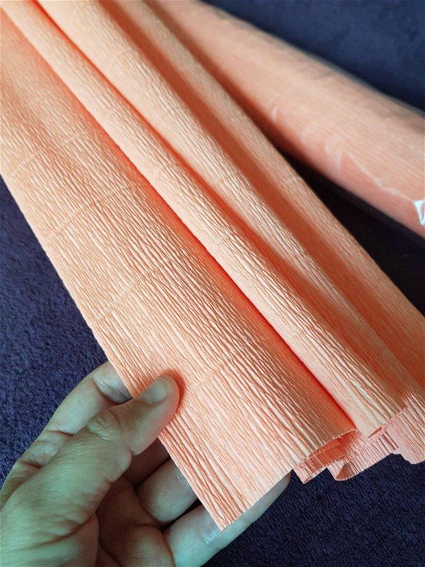 Hârtie floristica (50cmx2,5m) portocaliu deschis